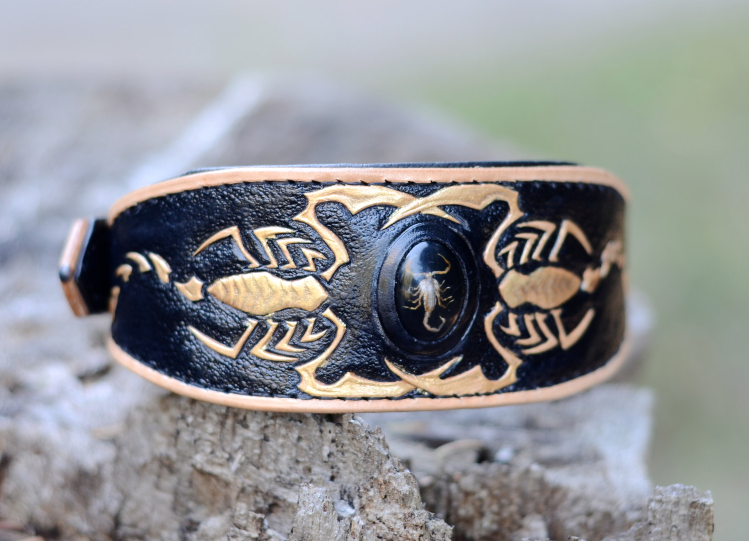 scorpion leather dog collar