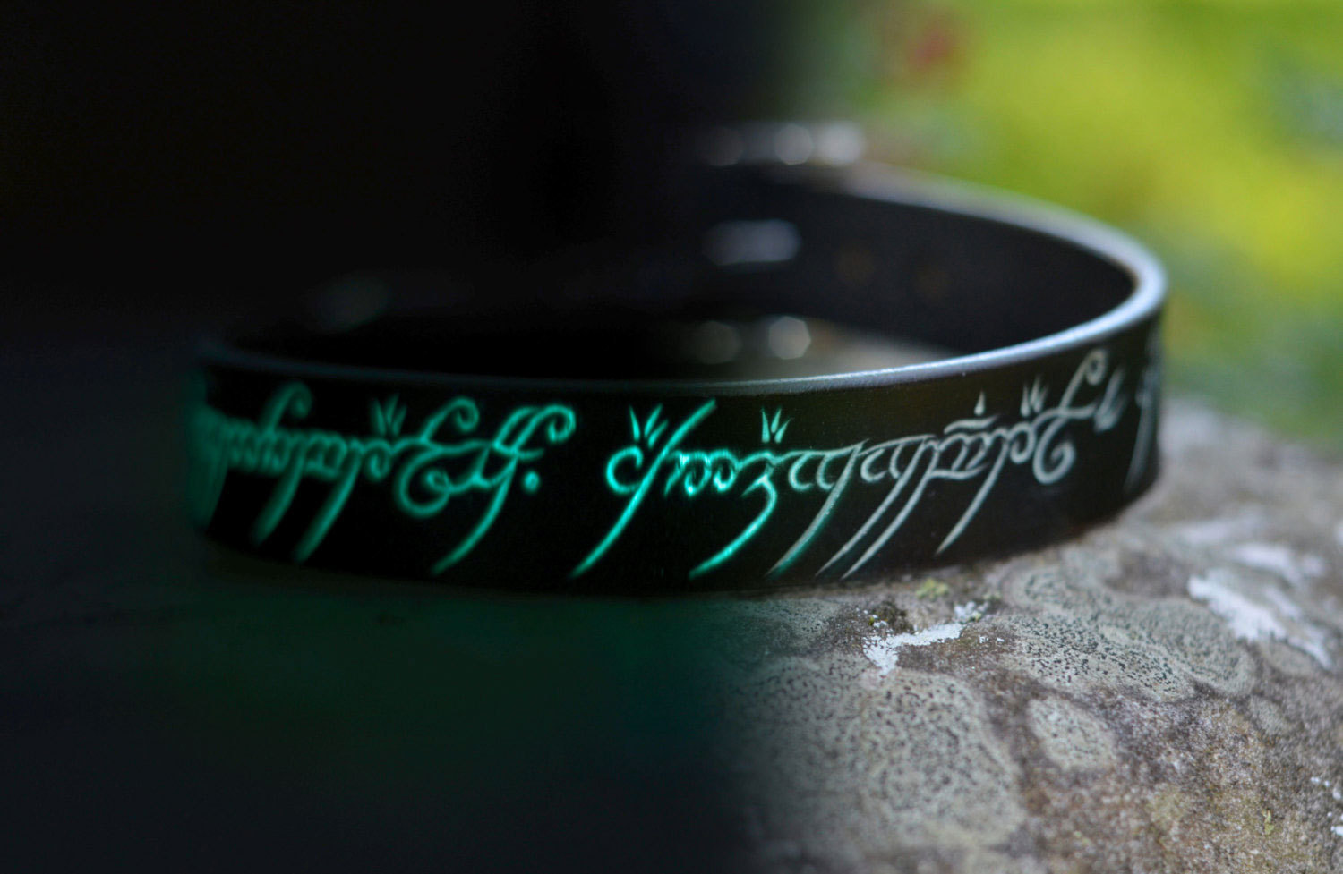 lord of script geeky ring elvish engagement the offbeat discovergeek rings bride for